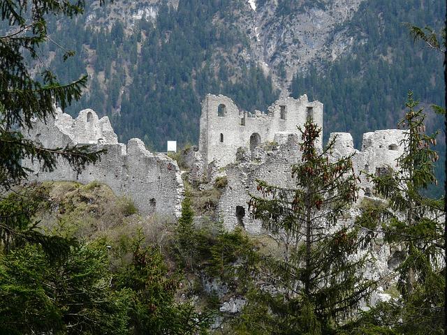 Die Festung Eherenberg in Reutte