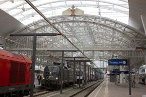 Salzburger Hauptbahnhof - Bahnsteig 2 (c) ÖBB