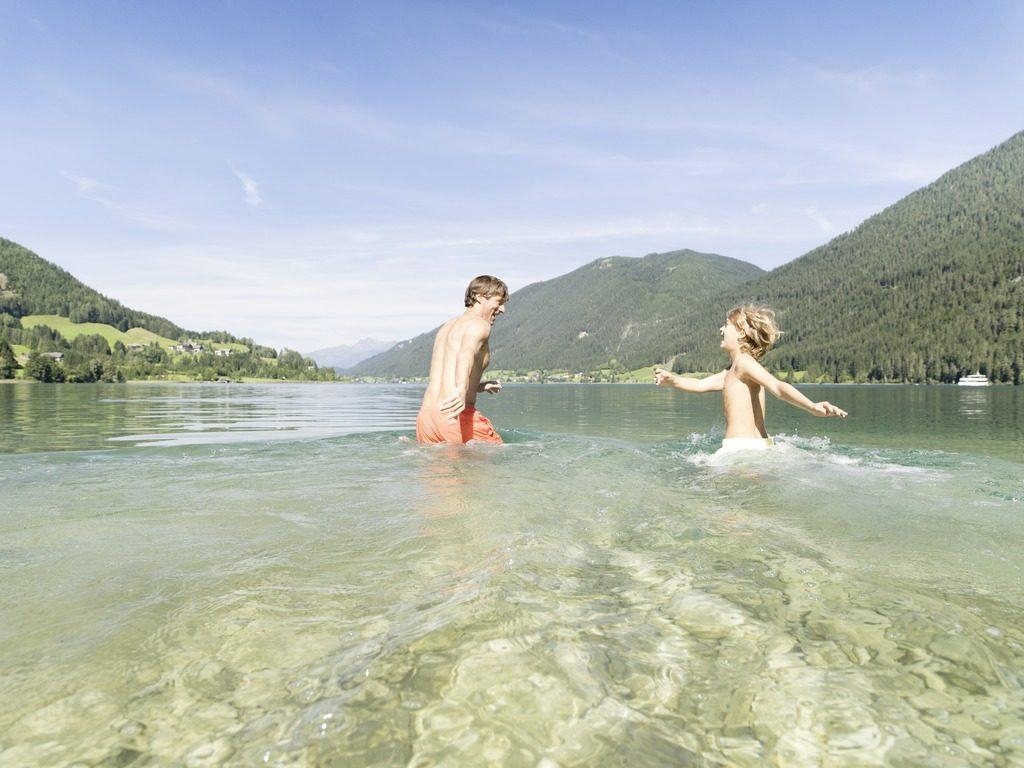 Baden im Weissensee © Österreich Werbung, Fotograf: Peter Podpera