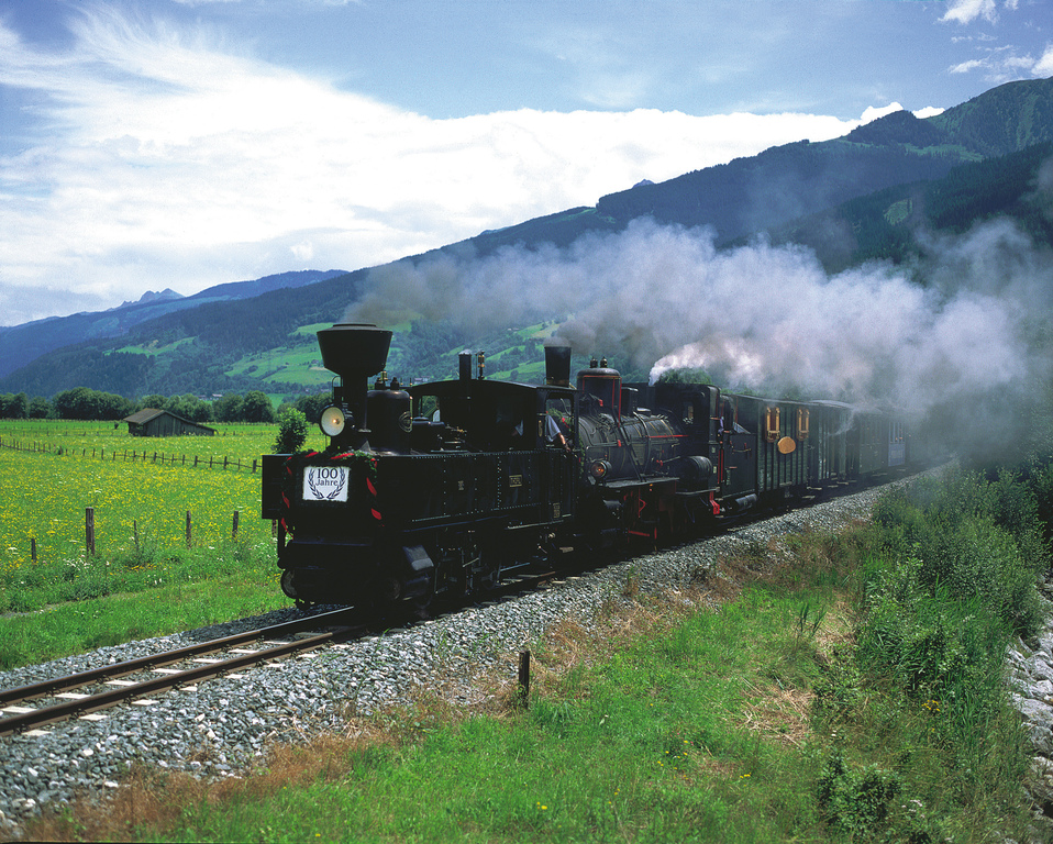 Die historische Dampf-Lokomotive im Pinzgau. © Österreich Werbung, Fotograf: Weinhaeupl W.